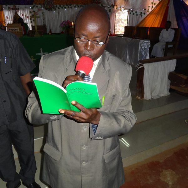 Rev.Musa B.Kituli Kiha Genesis